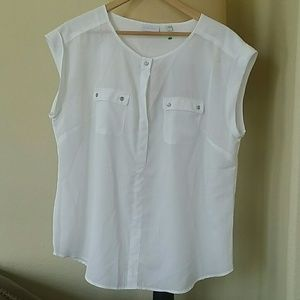 Beautiful White Vince Camuto Top